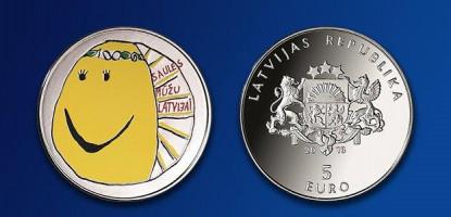 Jau rīt Tavex filiālēs būs pieejama Latvijas simtgadei veltītā Latvijas Bankas kolekcijas monēta